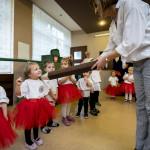 2018-przedszkolekacpra-pasowanie-male-70